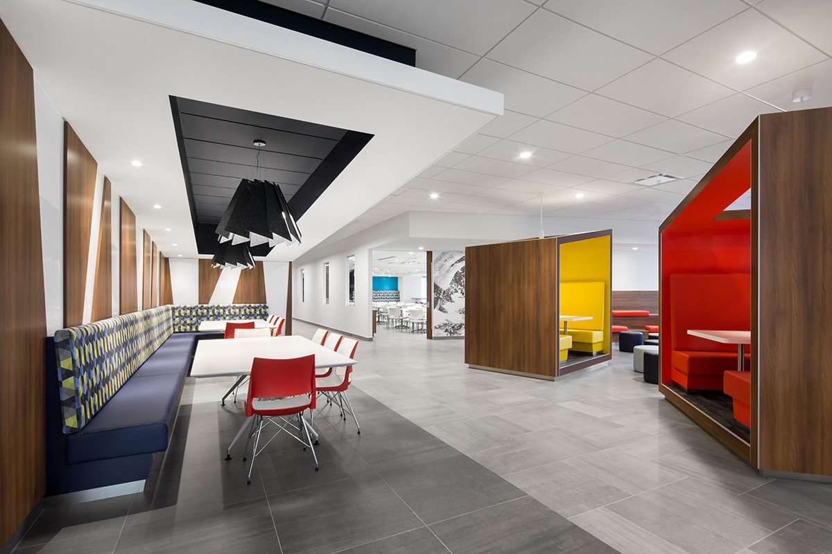 Cafeteria and booths at National Bank's Distrcit in Montreal designed by VAD