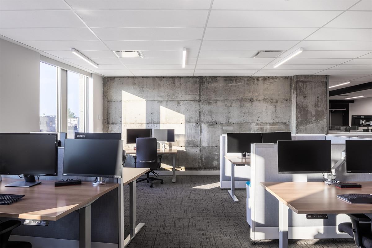 Bureaux au siège social du Fonds de Solidarité FTQ, Montréal par VAD Designers